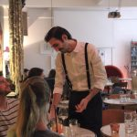 Romain Maillard magicien close up et mentalisme paris illusionniste france